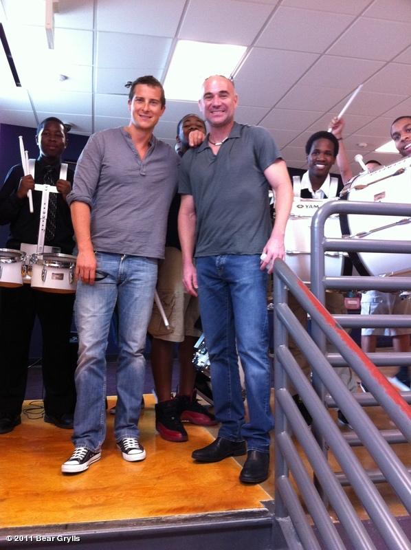 Bear Grylls et Andre Agassi | BearGrylls.fr